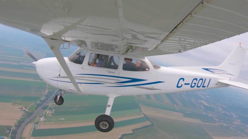 Piloting a Cessna's Thumbnail